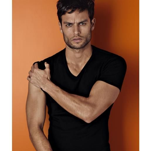Fila t-shirt m/m scollo v Fila sensual fit/premium cotton 46065/ l8439 lovable