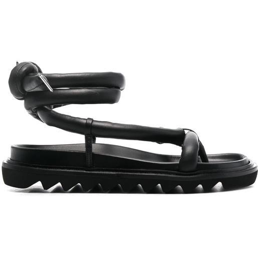 Studio Amelia sandali con imbottitura - nero